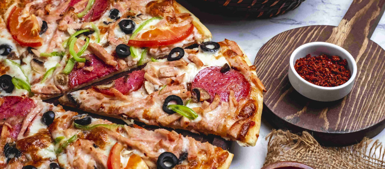 The most delicious Mexican pizza recipes, such as Mexican restaurants