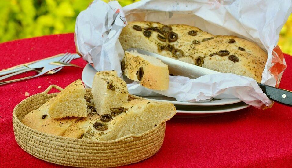 Recipe of olive bread and ham