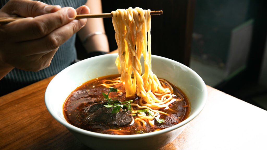 History of beef noodle soup's popularity in Taiwan